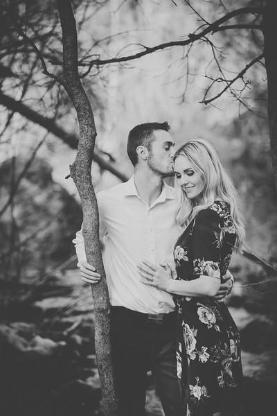 Engagement-080bw.jpg