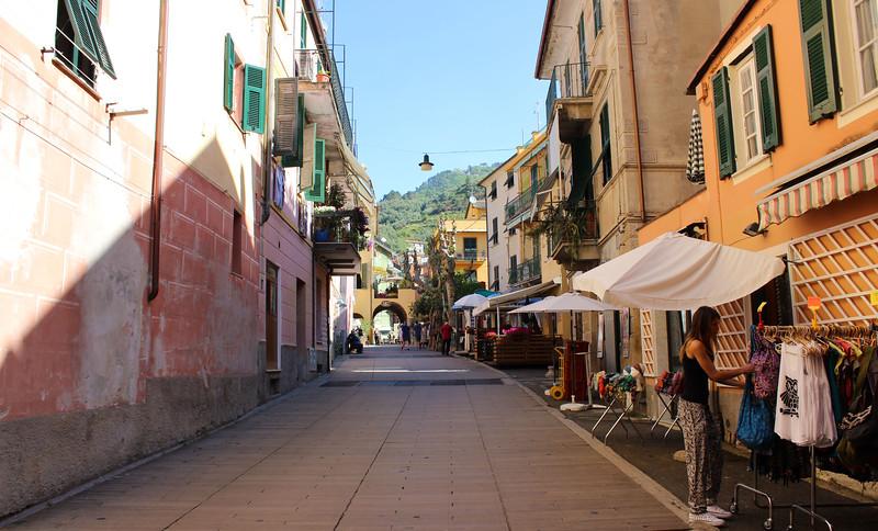 Italy-Cinque-Terre-Monterosso-Al-Mare-11.JPG
