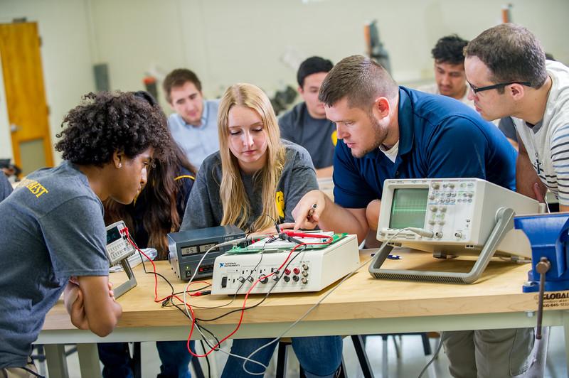 17339-Electrical Engineering-8230.jpg