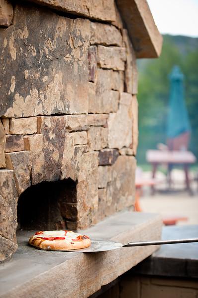 luxury guest ranch brick oven.jpg