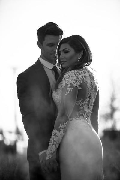 Kate&Josh_B&W_ZACH.WATHEN.PHOTOGRAPHER-438.jpg