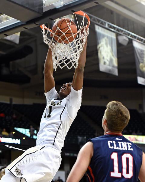 Greg McClinton dunk.jpg