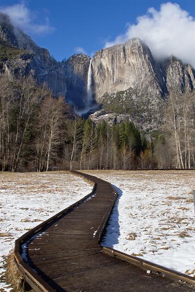 YOS-160218-0012 Upper Yosemite Falls