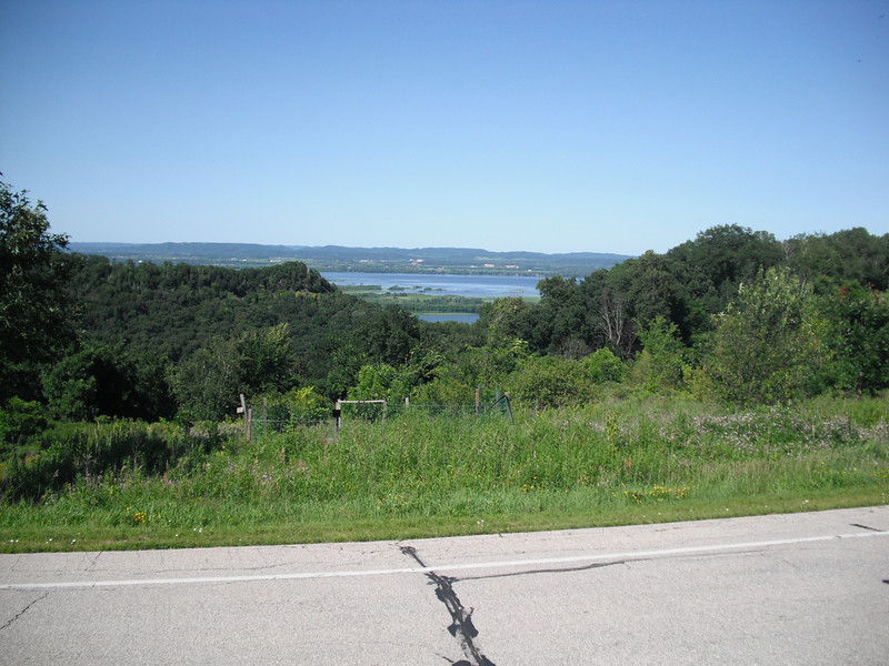 2009-07-11 View of the Mississippi and Black Rivers from La Crescent MN.JPG