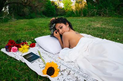 20210413 Vanessa Bed Flowers Ed