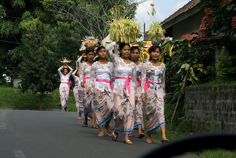 Parade to the Temple 2.jpg