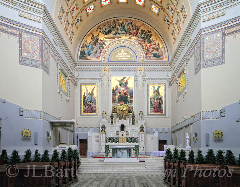The Karl-Borromäus Church in Vienna's central cemetery.  Constructed in the Jugendstil (Art Nouveau) in 1908-1910.