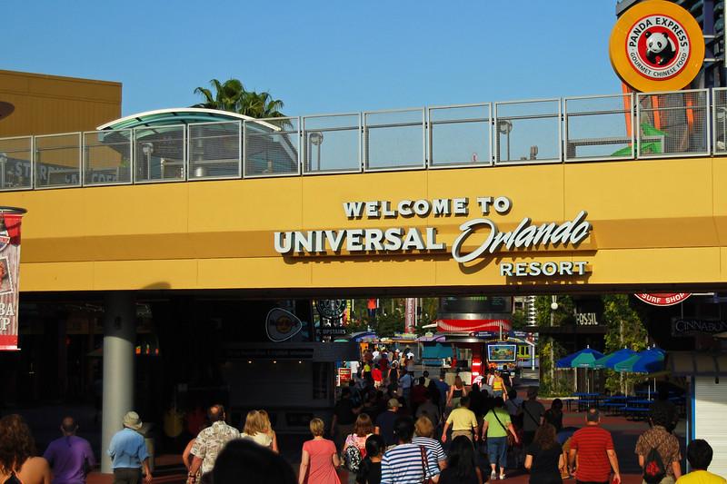 001 Universal Studios and Islands of Adventure May 2011.jpg