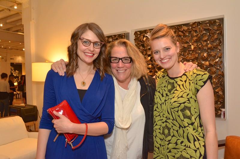 Kaylee Whitworth, Martha Rosellini and Mono Moreno - 2016-02-24 at 18-03-43.jpg