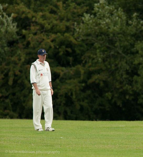 110820 - cricket - 148-2.jpg