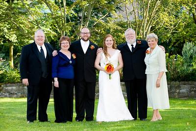 <b>6.13.0909: OUR WEDDING: Family Portraits (pro)</b>