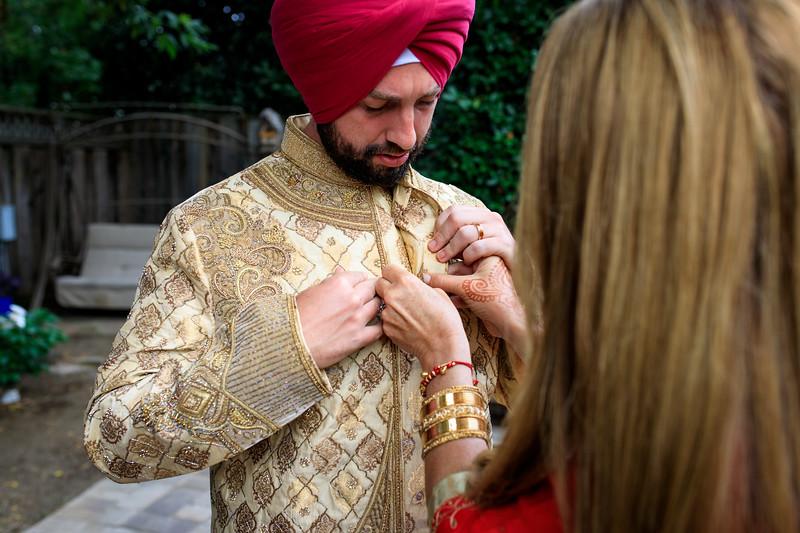 Neelam_and_Matt_Gurdwara_Wedding-1148.jpg