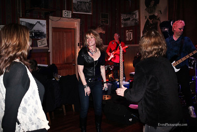 """""""HOTBOX""""  & KAT at  Oxford Saloon  2-8-2014"""