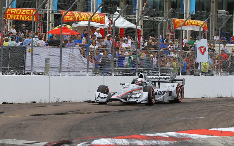 8987-StPete16-Race-#$2Montoya.jpg