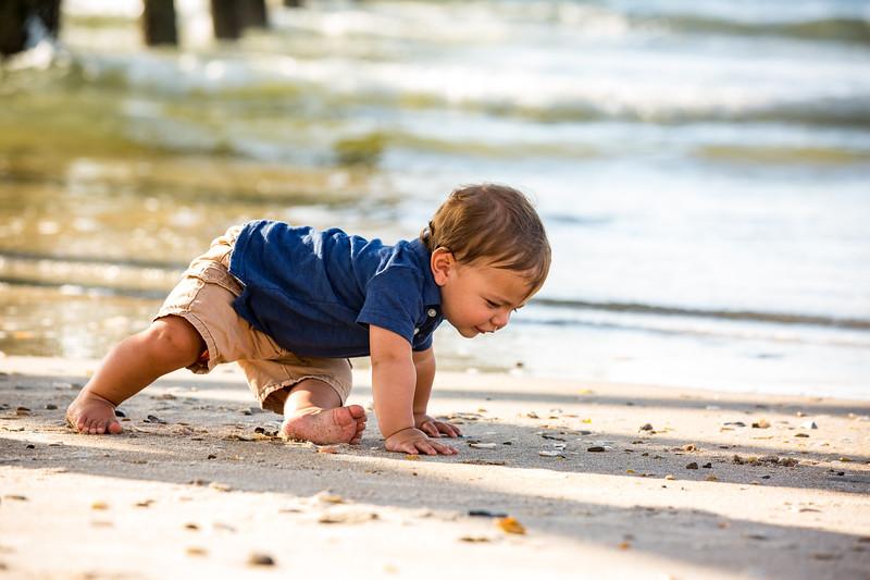 Family beach photos-264.jpg
