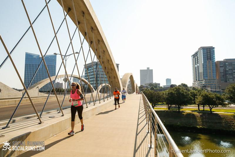 Fort Worth-Social Running_917-0332.jpg