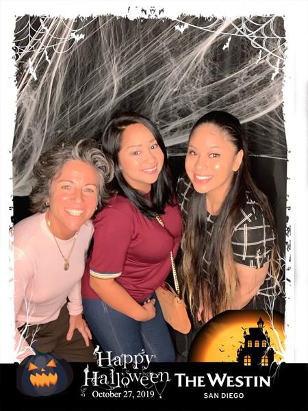 Westin_Halloween_Party_2019_photo_53.jpeg
