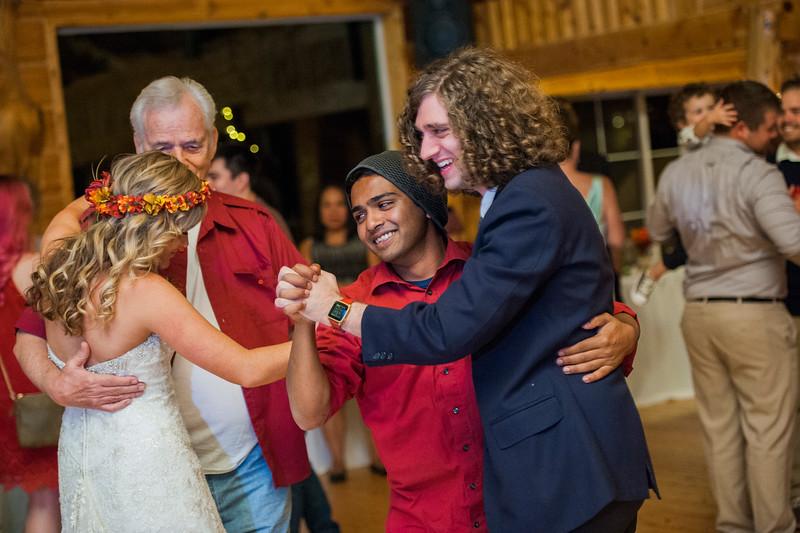 Jodi-petersen-wedding-656.jpg