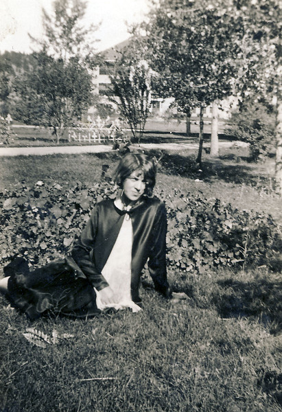 Laura Nelson Sundance WY 1927.jpg
