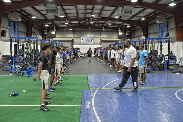 Varsity Pre-season Practice 08-14-18 (20 of 176)