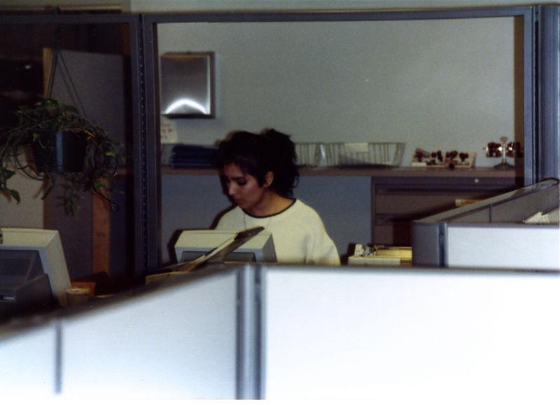 1987 12 15 - Seaman's Furniture 005.jpg