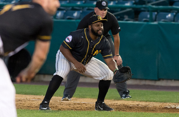 08/15/19 Wesley Bunnell | Staff The New Britain Bees vs the High Point Rockers at New Britain Stadium on Thursday, August 15, 2019. First baseman Jason Rogers (9).