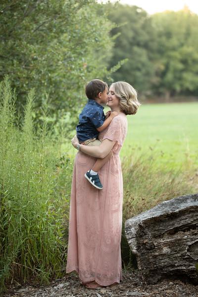 Shana Maternity-72.jpg