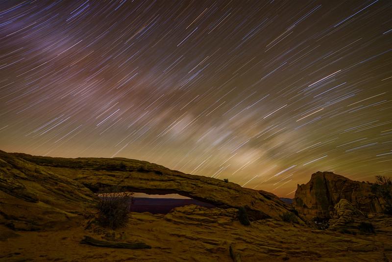 Milky Way at Mesa Arch long exposure