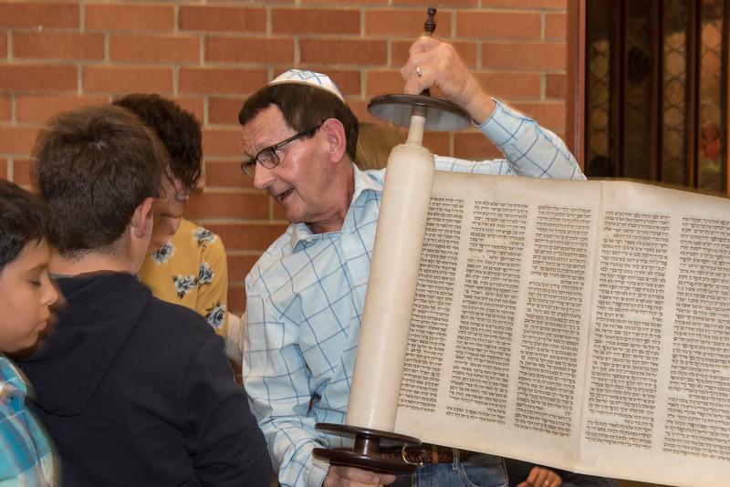 Simchat Torah4627.jpg