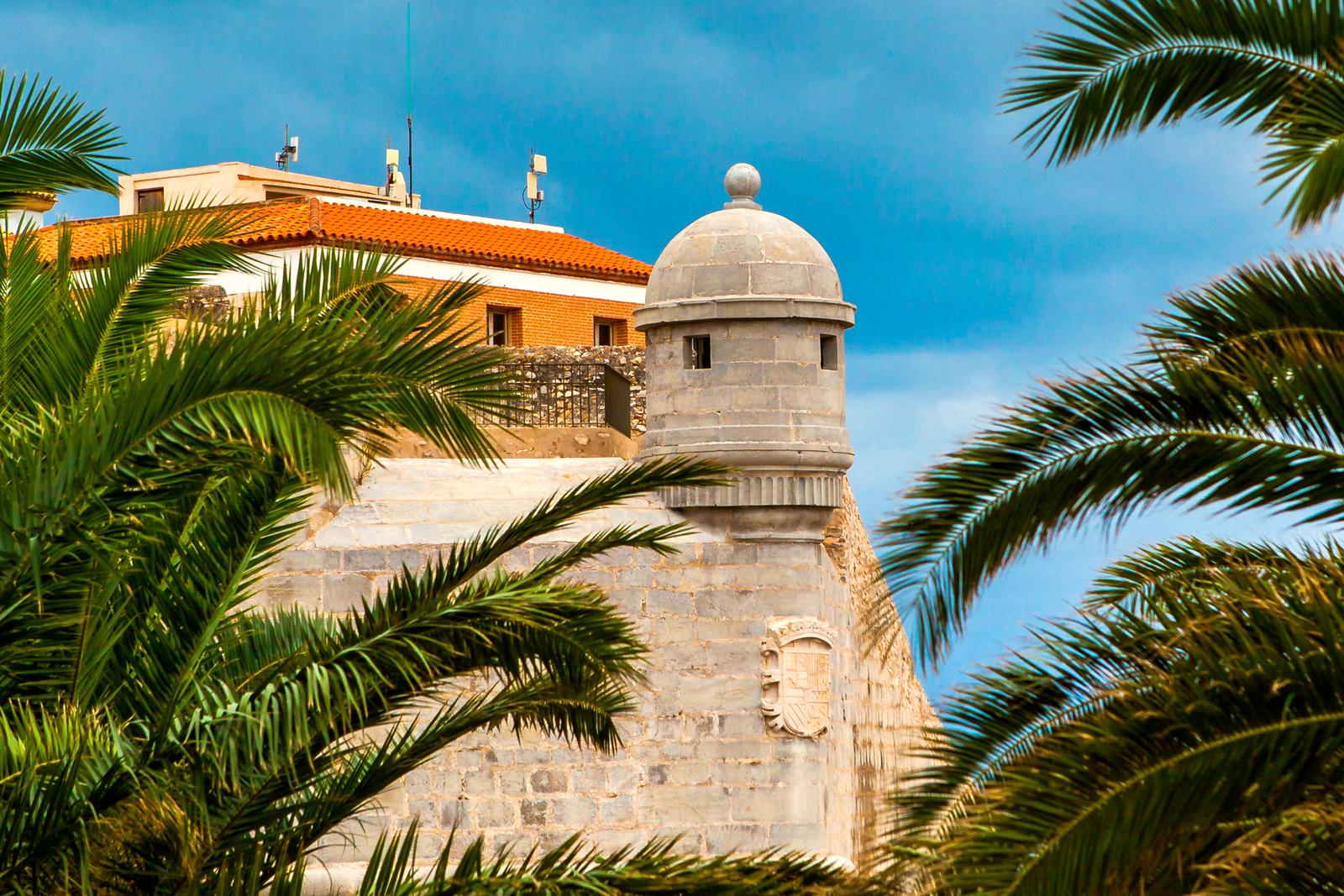 西班牙佩尼伊斯科拉(Peniscola),安宁美丽的小岛