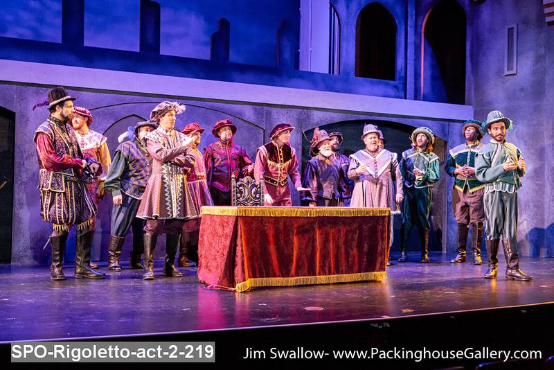 SPO-Rigoletto-act-2-219.jpg