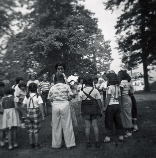 FRIBERGER PARK FIELD DAY 1948 003.jpg