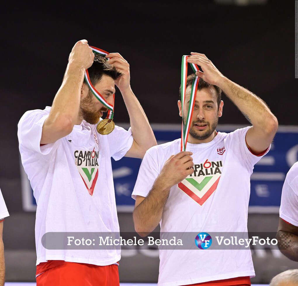 Simone ANZANI, Luciano DE CECCO, con la medaglia, Campioni d'Italia