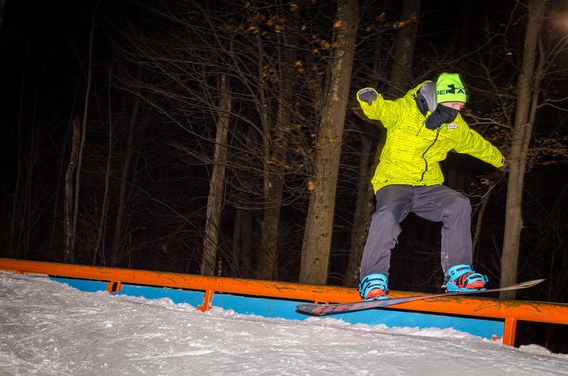 Nighttime-Rail-Jam_Snow-Trails-65.jpg