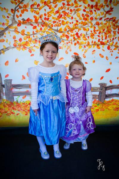 Feranec Halloween Party Kids-8.JPG
