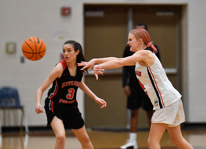 2021-02-17-JFBasketballSRgirls-01009.jpg