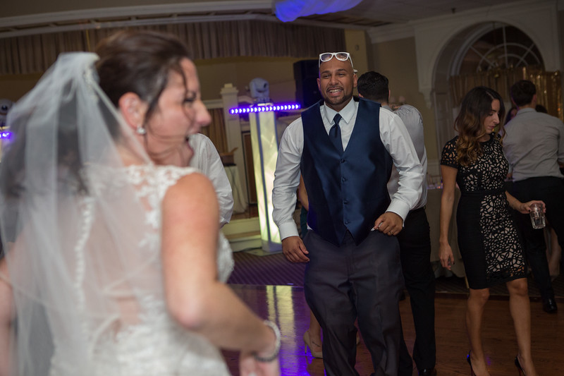MRN_1736_Loriann_chris_new_York_wedding _photography_readytogo.nyc-.jpg.jpg