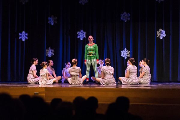 Center Stage Holiday Show | 4PM | 2020