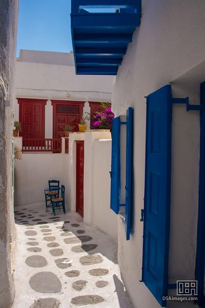 Sidestreet of Mykonos