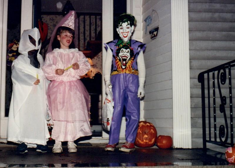 1989_Fall_Halloween Maren Bday Kids antics_0072.jpg