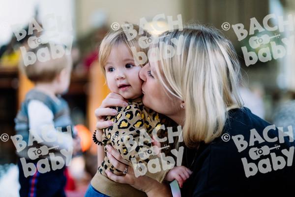 © Bach to Baby 2019_Alejandro Tamagno_Victoria Park_2019-11-27 010.jpg