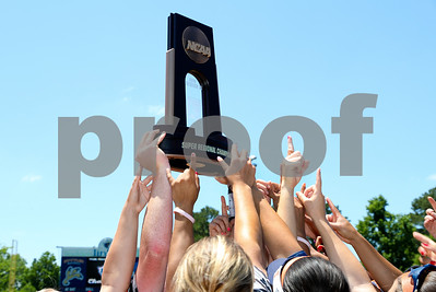 ut-tyler-softball-begins-national-title-defense-with-dh-on-friday