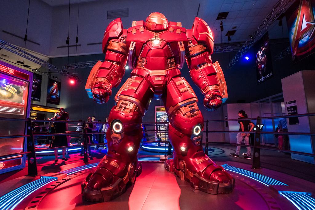 MARVEL'S AVENGERS S.T.A.T.I.O.N. - Hulkbuster Hero