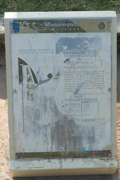MONUMENTO ESCRITORES-3.jpg
