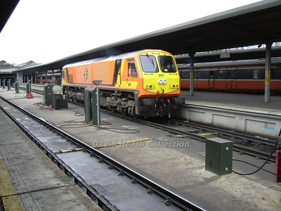 Irish Rail Class 201 & DVT's (Built 1994 GM Locomotive Group (GMLG), London, Ontario, Canada Engine EMD 12-710G3B)