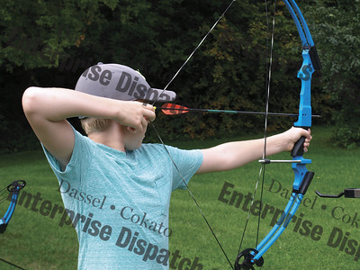 Dassel Rod and Gun Club archery class