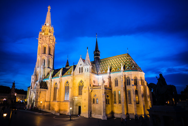 Matthias Church in Budapest Hungary.jpg