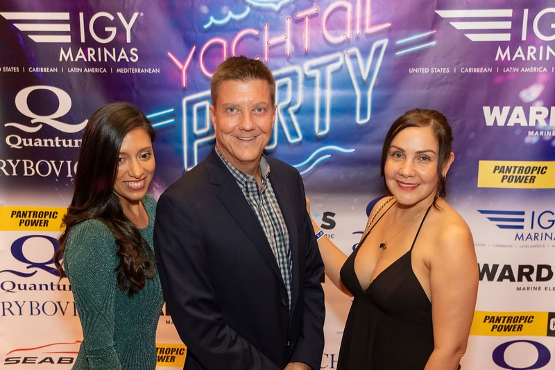 2019_11_Yachtail_Party_00178.jpg