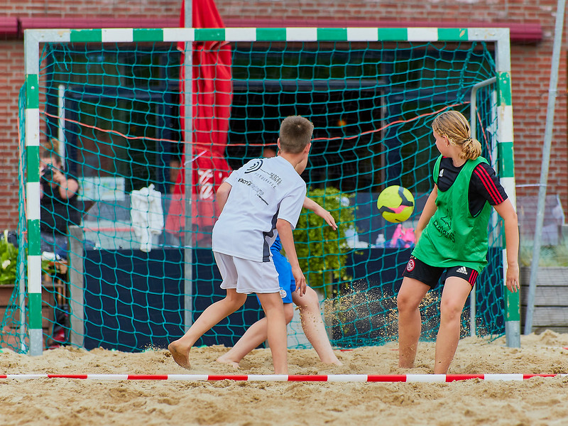 20170616 BHT 2017 Beachhockey & Beachvoetbal img 032.jpg