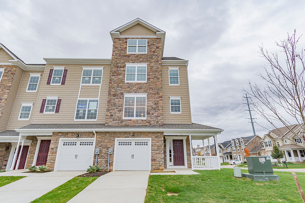 145 Thoroughbred Dr